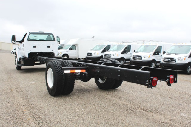 2019 F-650 Regular Cab DRW 4x2,  Cab Chassis #CF9139 - photo 4