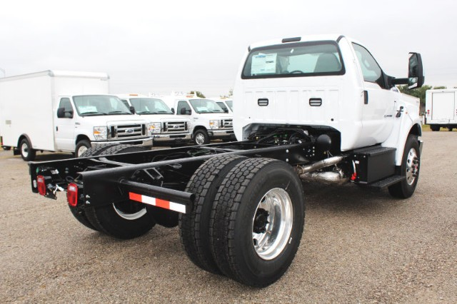 2019 F-750 Regular Cab DRW 4x2,  Cab Chassis #CF9145 - photo 2