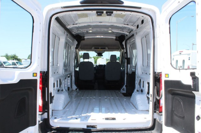 2018 Transit 250 Med Roof 4x2,  Empty Cargo Van #CFX123 - photo 3
