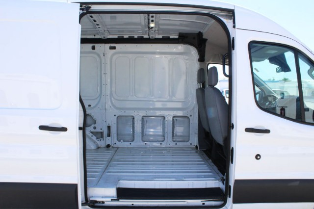 2018 Transit 250 Med Roof 4x2,  Empty Cargo Van #CFX123 - photo 6