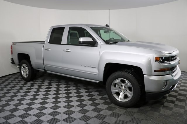 2018 Silverado 1500 Double Cab 4x4,  Pickup #8128 - photo 4
