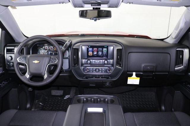 2018 Silverado 1500 Crew Cab 4x4,  Pickup #8320 - photo 17