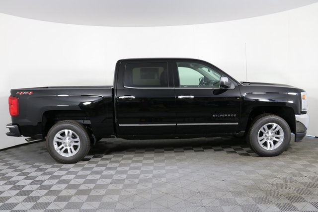 2018 Silverado 1500 Crew Cab 4x4,  Pickup #8359 - photo 9