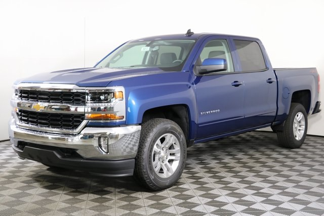 2018 Silverado 1500 Crew Cab 4x4,  Pickup #8413 - photo 3