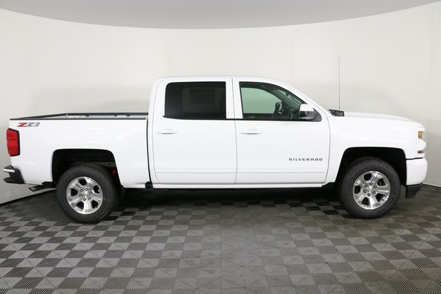 2018 Silverado 1500 Crew Cab 4x4,  Pickup #8424 - photo 9