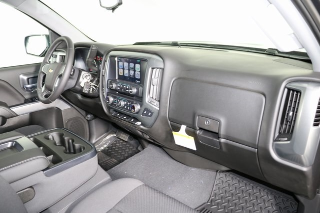 2018 Silverado 1500 Crew Cab 4x4,  Pickup #8427 - photo 28
