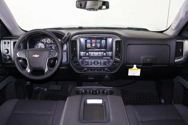 2018 Silverado 1500 Crew Cab 4x4,  Pickup #8434 - photo 14