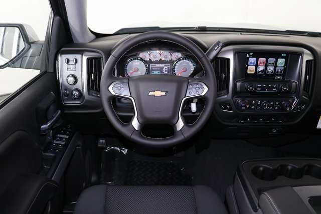 2018 Silverado 1500 Crew Cab 4x4,  Pickup #8434 - photo 15