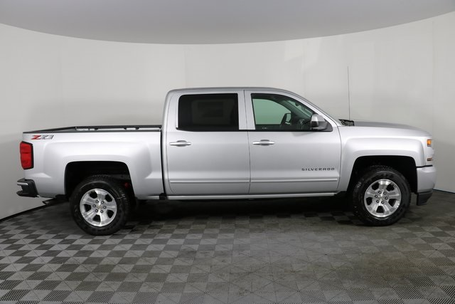 2018 Silverado 1500 Crew Cab 4x4,  Pickup #8434 - photo 9