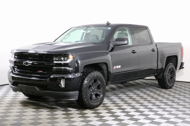 2018 Silverado 1500 Crew Cab 4x4,  Pickup #8439 - photo 3