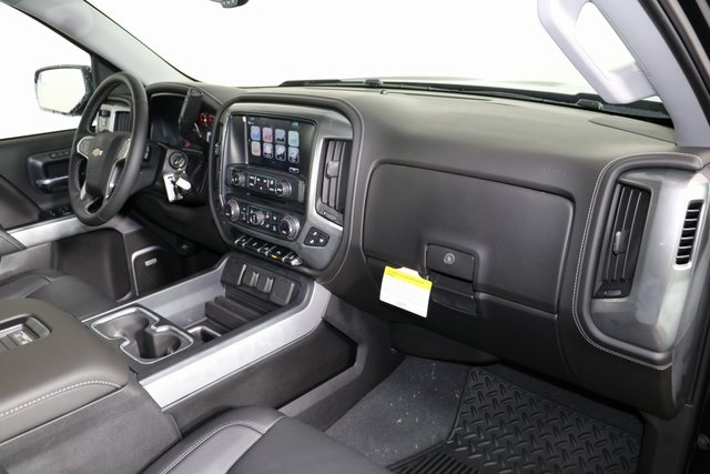 2018 Silverado 1500 Crew Cab 4x4,  Pickup #8439 - photo 34