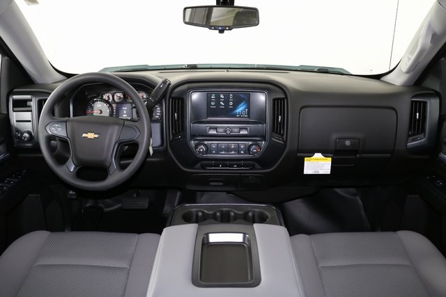 2018 Silverado 1500 Crew Cab 4x4,  Pickup #8442 - photo 16