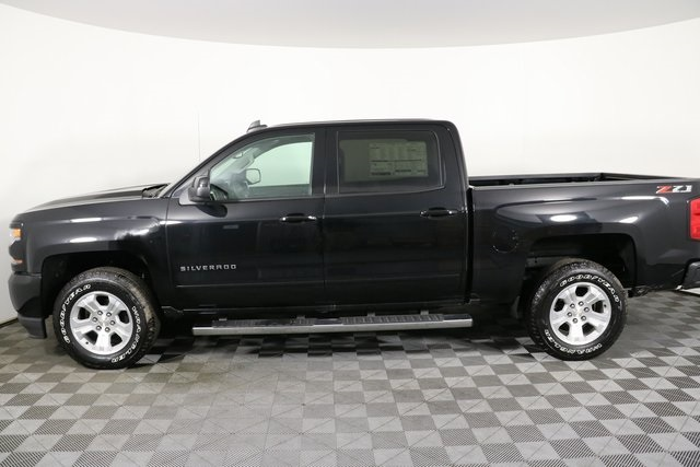2018 Silverado 1500 Crew Cab 4x4,  Pickup #8453 - photo 8