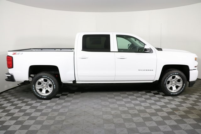 2018 Silverado 1500 Crew Cab 4x4,  Pickup #8456 - photo 9