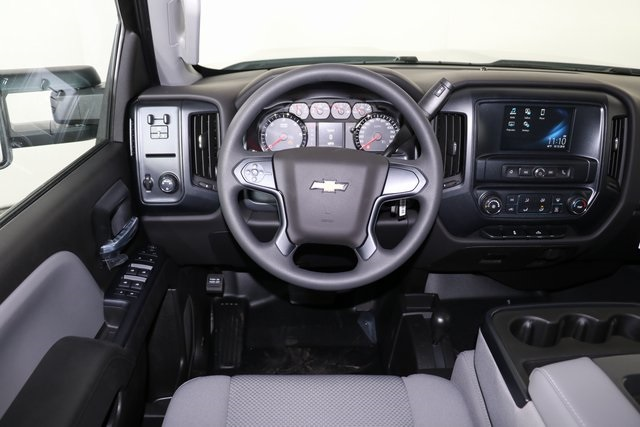 2019 Silverado 2500 Crew Cab 4x4,  Pickup #9094 - photo 15
