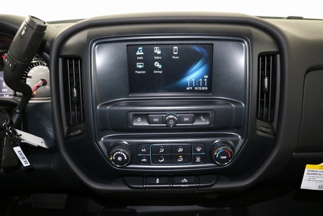 2019 Silverado 2500 Crew Cab 4x4,  Pickup #9094 - photo 20