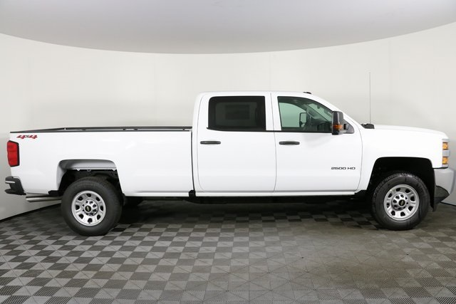2019 Silverado 2500 Crew Cab 4x4,  Pickup #9095 - photo 8