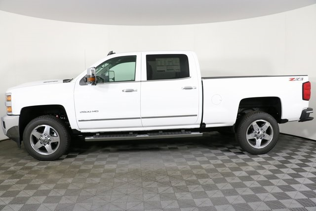 2019 Silverado 2500 Crew Cab 4x4,  Pickup #9096 - photo 8