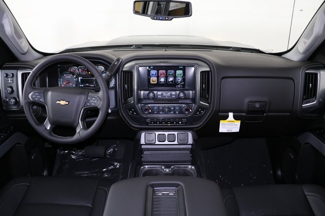 2019 Silverado 2500 Crew Cab 4x4,  Pickup #9102 - photo 18