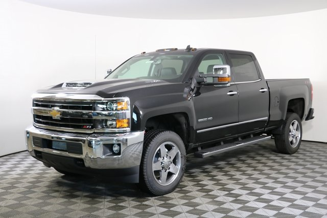 2019 Silverado 2500 Crew Cab 4x4,  Pickup #9102 - photo 3