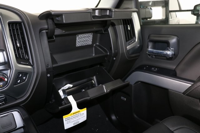 2019 Silverado 2500 Crew Cab 4x4,  Pickup #9102 - photo 26