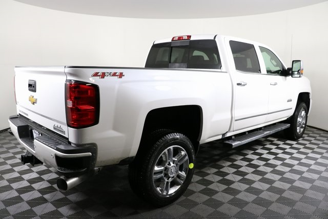 2019 Silverado 2500 Crew Cab 4x4,  Pickup #9134 - photo 10