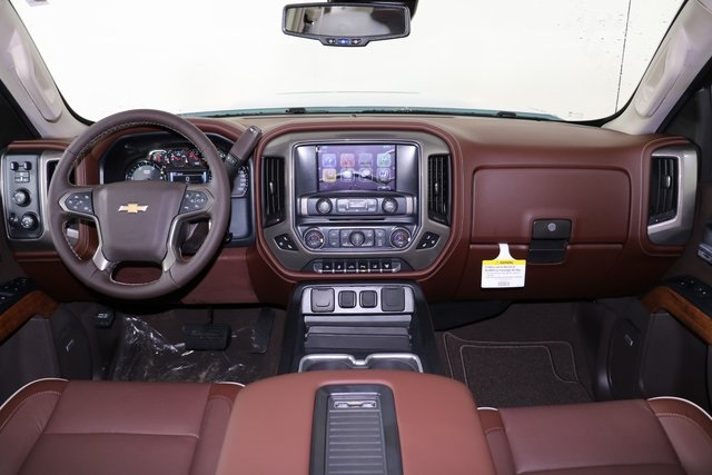 2019 Silverado 2500 Crew Cab 4x4,  Pickup #9134 - photo 18