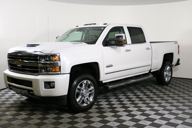 2019 Silverado 2500 Crew Cab 4x4,  Pickup #9134 - photo 3