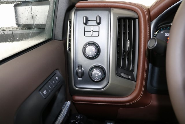 2019 Silverado 2500 Crew Cab 4x4,  Pickup #9134 - photo 23