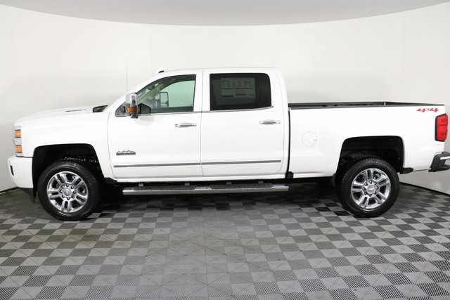 2019 Silverado 2500 Crew Cab 4x4,  Pickup #9134 - photo 8