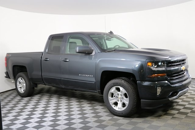 2019 Silverado 1500 Double Cab 4x4,  Pickup #9142 - photo 4