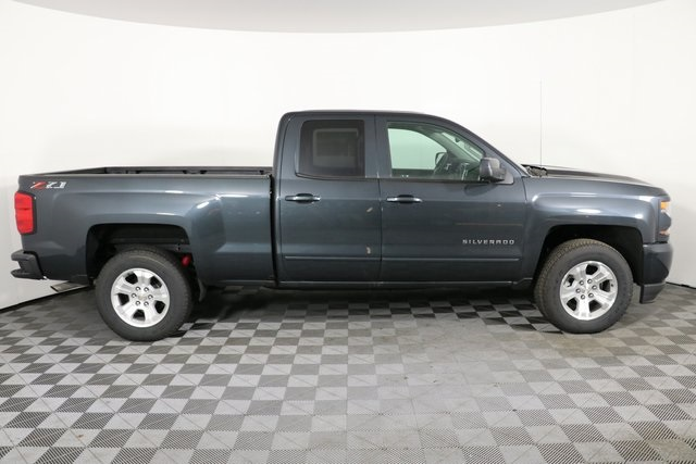 2019 Silverado 1500 Double Cab 4x4,  Pickup #9142 - photo 9