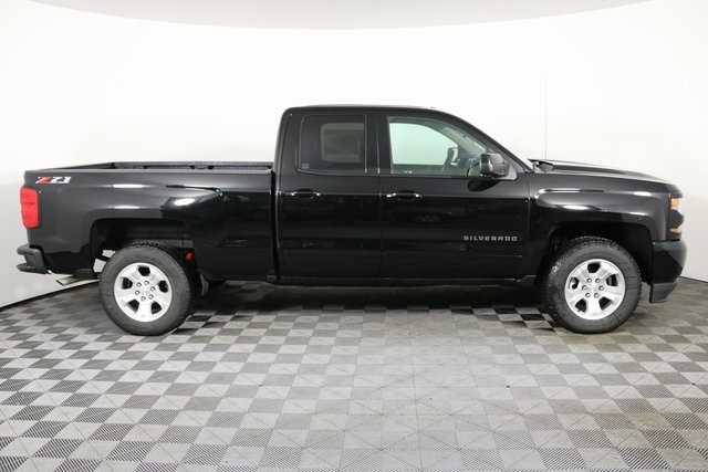 2019 Silverado 1500 Double Cab 4x4,  Pickup #9178 - photo 9