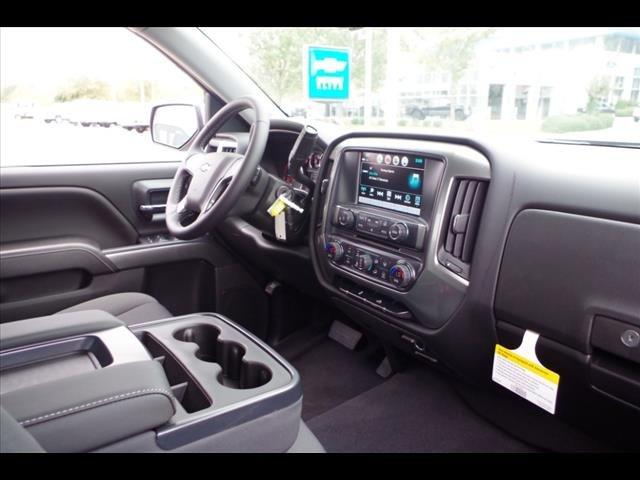 2018 Silverado 1500 Crew Cab 4x4,  Pickup #286705 - photo 26