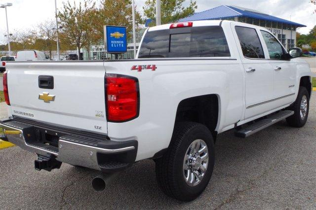 2019 Silverado 2500 Crew Cab 4x4,  Pickup #296838 - photo 6
