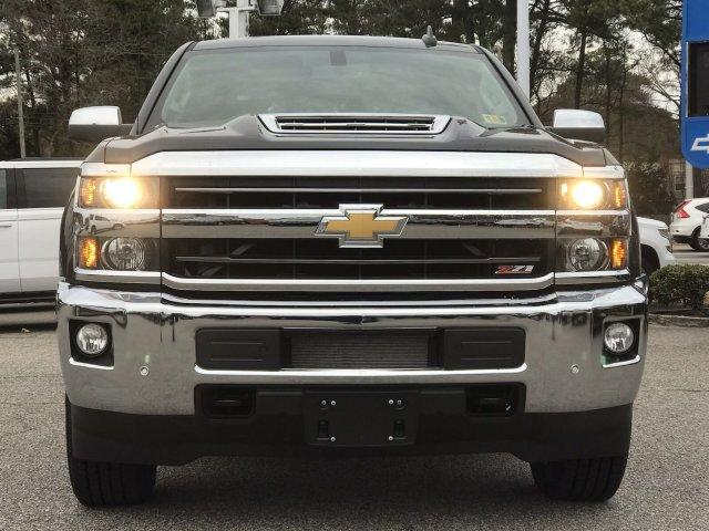 2019 Silverado 2500 Crew Cab 4x4,  Pickup #297368 - photo 3
