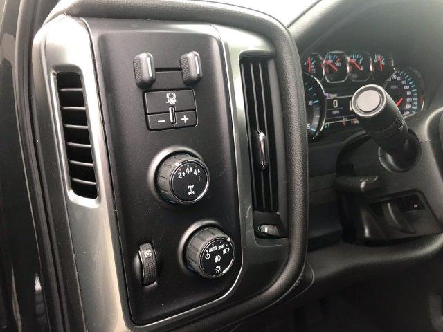 2019 Silverado 2500 Crew Cab 4x4,  Pickup #297368 - photo 29