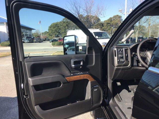 2019 Silverado 3500 Crew Cab 4x4,  Pickup #CN97538 - photo 24
