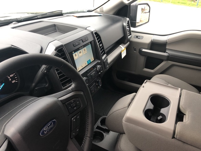 2018 F-150 SuperCrew Cab 4x2,  Pickup #F426 - photo 23
