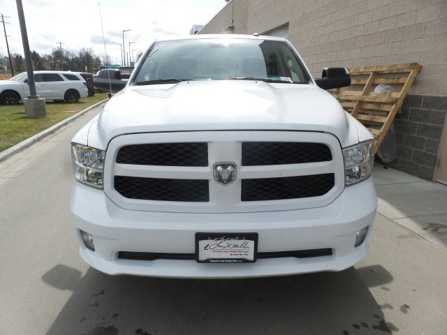 2018 Ram 1500 Crew Cab 4x4,  Pickup #R254516 - photo 8