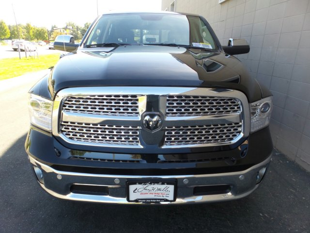 2018 Ram 1500 Crew Cab 4x4,  Pickup #R354189 - photo 7