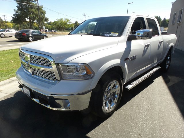 2018 Ram 1500 Crew Cab 4x4,  Pickup #R354288 - photo 8