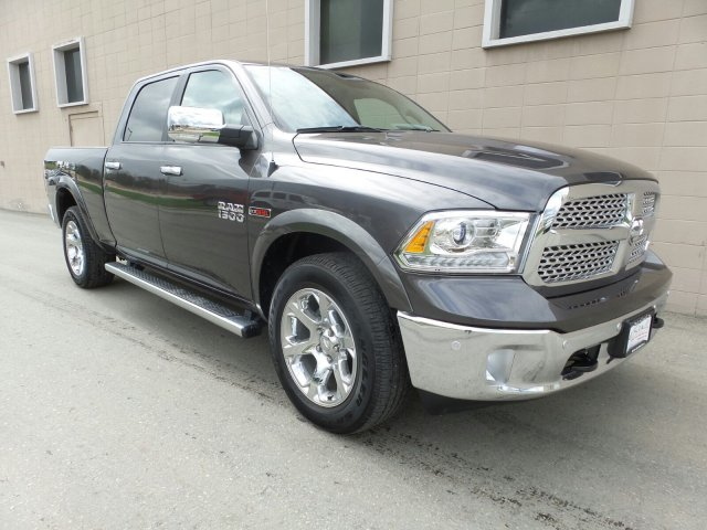 2018 Ram 1500 Crew Cab 4x4,  Pickup #R354292 - photo 2