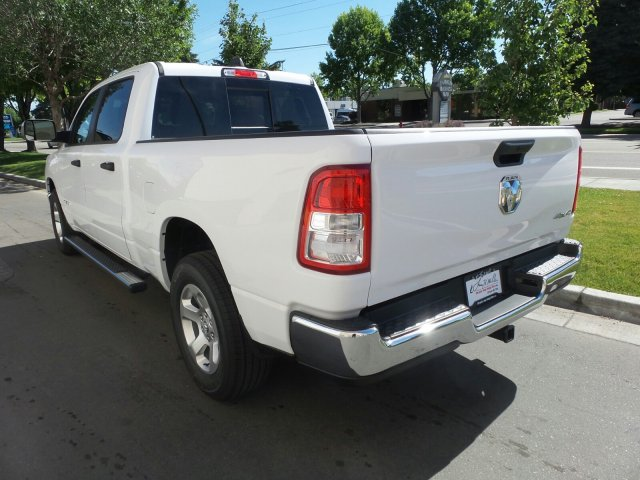 2019 Ram 1500 Crew Cab 4x4,  Pickup #R554182 - photo 5