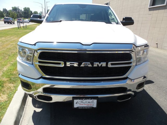 2019 Ram 1500 Crew Cab 4x4,  Pickup #R554183 - photo 8