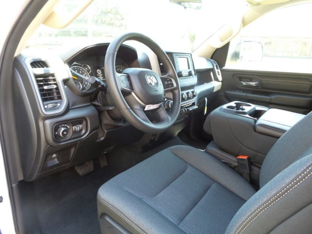 2019 Ram 1500 Crew Cab 4x4,  Pickup #R554183 - photo 10