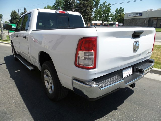 2019 Ram 1500 Crew Cab 4x4,  Pickup #R554183 - photo 21