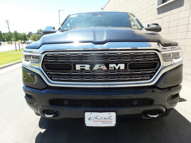 2019 Ram 1500 Crew Cab 4x4,  Pickup #R572923 - photo 9