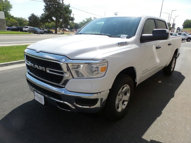 2019 Ram 1500 Crew Cab 4x4,  Pickup #R605288 - photo 7