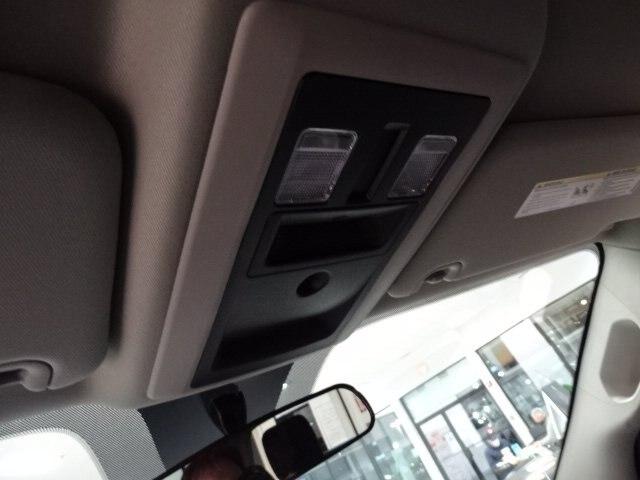 2020 Ram 1500 Crew Cab 4x4, Pickup #R2952 - photo 17